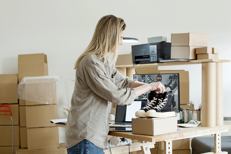 ¿Vender en línea ayuda a ganar más dinero?